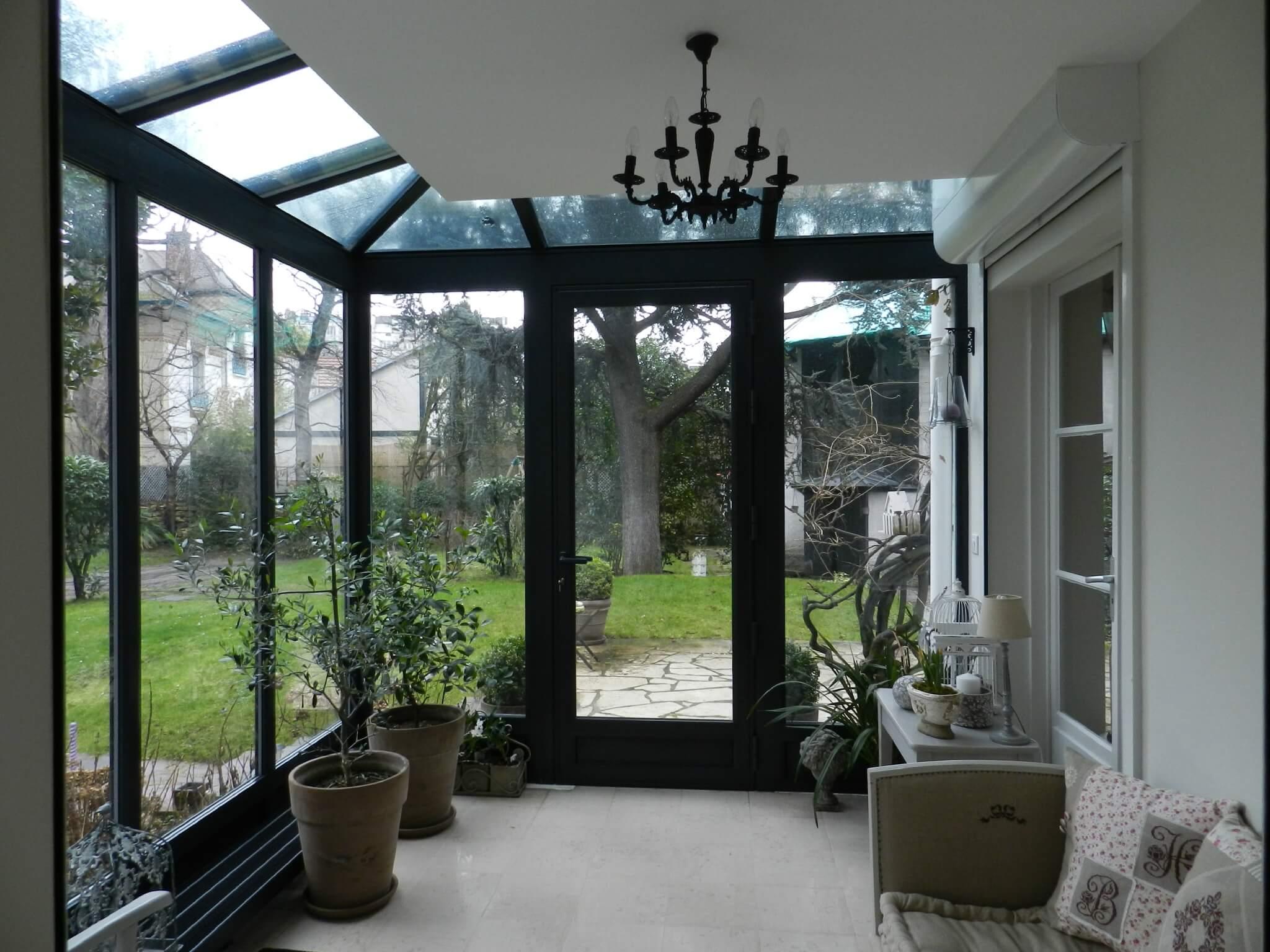 veranda entree. Black Bedroom Furniture Sets. Home Design Ideas
